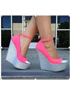 Fashionable Rose & Gray Contrast Colour Wedge Heel Platform Shoes! Not sure if I'd wear, but someone should!