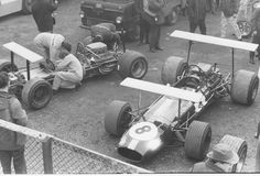 Left: Jacky Ickx's and right: Jack Brabham's) Brabham BT26A - Ford-Cosworth V81969 Daily Express Race (XXI BRDC Daily Express International Trophy), Silverstone Circuit (30.03.1969)