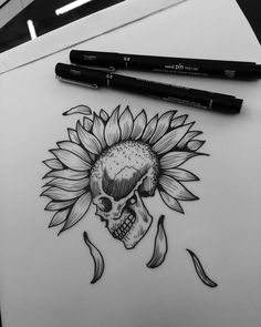 Pin by lameandartistic on doodles and things body art tattoo Kunst Tattoos, Body Art Tattoos, Cool Tattoos, Floral Skull Tattoos, Tatoos, Random Tattoos, Tattoo Und Piercing, Tattoo On, Punk Tattoo