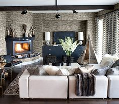 Kourtney kardashians family room. Restez en Contact pour plus #idées de #conseils #maison #design #architecture FB:https://www.facebook.com/DominicAubreyRemaxRealtor Blog:http://www.dominicaubrey.blogspot.ca/