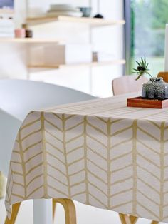 Woven oilcloth grey w khaki pattern - Simpel table dew