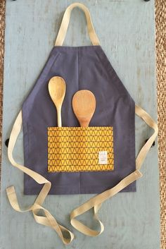 Adjustable Unisex Kids Apron. For your little Chef or Baker Diva this cute Apron…
