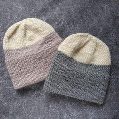 Knitting Basics, Arm Knitting, Double Knitting, Knitting Machine, Knitting Projects, Crochet Projects, Yarn Projects, Knitting Ideas, Knitting Designs