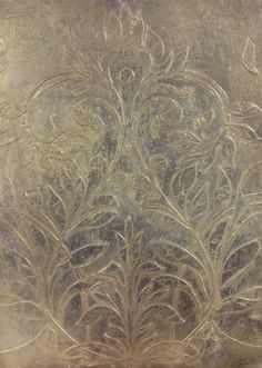 Embossed pewter and pale gold wall finish by Carte Blanche @ http://decoratescotland.com