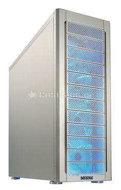 Lian Li PC-A77FA Big-Tower in silber. Im Bereich der Big-Tower zählt der PC-A77 zu den beliebtesten Lian-Li-Modellen, da er massig Platz für alle Arten von Hardware, gute Voraussetzungen für die Integration einer Wasserkühlung und ein leistungsfähiges Belüftungssystem mitbringt. Mit dem PC-A77F erscheint nun der designierte Nachfolger mit zahlreichen Verbesserungen.