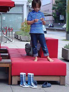 boys * fashion * ebay: BURBERRY Gummistiefel für Kids - Verkäufer: buy-it-and-love-it  - entdeckt durch: www.modenavigator.de