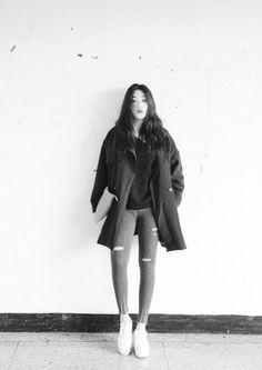 (86) jo eun hee   Tumblr Ulzzang, Korean Fashion, Rain Jacket, Windbreaker, Raincoat, Drama, Winter Jackets, Normcore, Tumblr