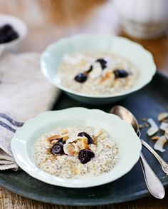 Discover recipes, home ideas, style inspiration and other ideas to try. Oats Recipes, Cooking Recipes, Healthy Recipes, Healthy Meals, Recipies, My Favorite Food, Favorite Recipes, Gluten Free Breakfasts, Overnight Oats