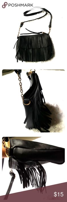 Boho Black Mossimo Crossbody Bag Brand: Mossimo Size: Small Color: Black Style: Boho Crossbody Condition: Gently worn Length: 8.5 Width: 10 Height: 6.5  Buyers can expect: Careful packaging, Fast shipping, & Delivery confirmation with each item purchased! PET FREE & SMOKE-FREE HOME. Please note: Due to lighting/monitors, the items colours may be slightly differ w/ the picture. Please bundle to save more. Mossimo Supply Co Bags Crossbody Bags