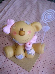 so beary cute! Polymer Clay Figures, Polymer Clay Animals, Fondant Figures, Fimo Clay, Polymer Clay Projects, Polymer Clay Creations, Clay Bear, Diy Fimo, Fondant Animals