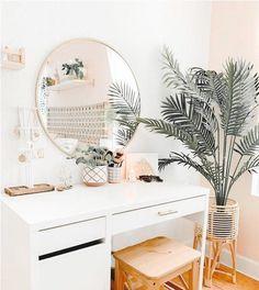Cute Room Decor, Modern Room Decor, Teen Room Decor, Minimalist Room, Bedroom Ideas Minimalist, Minimal Bedroom, Room Ideas Bedroom, Bedroom Inspo, Bedroom Wall
