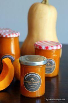 Ich bin ja immer für Neues zu haben. Gestern hat Frau Hamburger Liebe ihr über Jahre bewährtes Rezept für Kürbismarmelade gepostet. Kürbi...