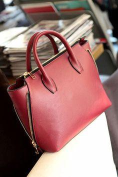 Red Fashion Hand Bag