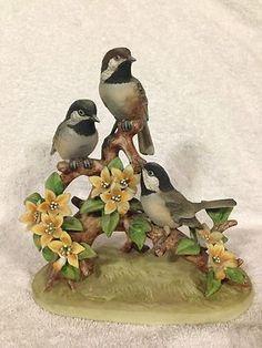 Andrea By Sadek Vintage Ceramic Bird Statue Black Cap Chickadee 1973 Glass Figurines, Collectible Figurines, Bird Artists, Black Capped Chickadee, Bird Statues, Ceramic Birds, Vintage Ceramic, Beautiful Horses, Clay Crafts