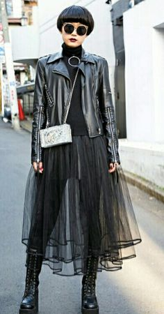 ☆ Japanese Streets, Japanese Street Fashion, Work Fashion, Asian Fashion, Street Snap, Harajuku Fashion, Goth, Punk, Street Style