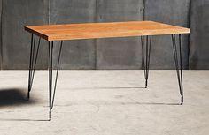 Sputnik matbord från Heerenhuis hos ConfidentLiving.se