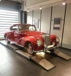 1952 Mercedes-Benz 300 S Coupé (W 188 I) #mbhess #mbclassic