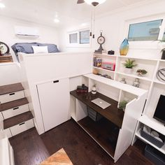 """The 14' dorm room is shipping out Friday. We took some staged pics to give customers a feel for what's possible in a very small footprint.   Has queen size bed with a 6' landing. Stairs have pullout drawers and there is a 9000 btu A/C mini split. Height is only about 12'6"""" and it weighs under 7k pounds. Pulls very easily. . #dormroom #collegemobileroom #uniquetinyhouse #bedontheroad"""