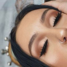 Fantastic Cute makeup tips are readily available on our website. Check it out and you will not be sorry you did. Kiss Makeup, Glam Makeup, Makeup Tips, Makeup Brands, Makeup Products, Makeup Ideas, Makeup Eye Looks, Eye Makeup, Hair Makeup