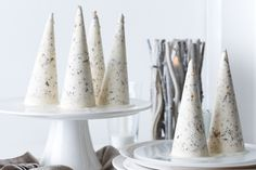 Impress your guests with frosty white ice cream cones - perfect for your Christmas banquet finale!
