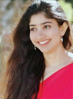 Beautiful Girl Indian, Most Beautiful Indian Actress, Beautiful Actresses, Indian Film Actress, South Indian Actress, Indian Actresses, Sai Pallavi Hd Images, Indian Women Painting, Bike Photoshoot