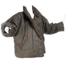 03bbb21121c8e Rare Norma Kamali OMO Vintage 1980s Short Sleeping Bag Puffer Coat in Army  Green