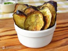 Rosemary & Garlic Eggplant Chips (low-carb, paleo, chips 3.1 g net carbs)