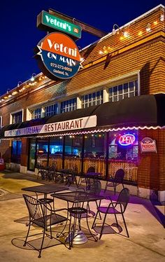 Vetoni's, 620 Main Street, Garland, TX ....