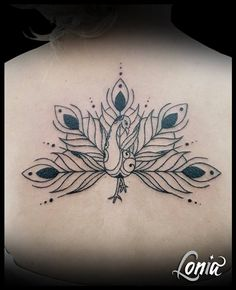 Tatouage Lonia Tattoo Ornement Paon Plume