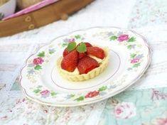 Jordbærterter - Ingenting er mer fristende enn små, søte terter toppet med røde bær.