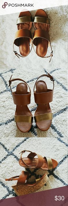 Gap wedge size 6.5 beautiful cognac gold tone leather wedge, size 6.5 never worn, brand new GAP Shoes Wedges