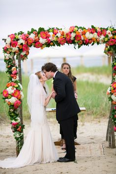Photography: Lisa Rigby - www.lisarigbyphotography.com  Read More: http://www.stylemepretty.com/2015/01/14/elegant-cape-cod-wedding/