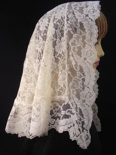 Cream Chapel Veil / Half-Circle Mantilla / Lace Veiling / Head Covering / Veil For Mass / Roman Catholic Veil