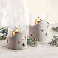 Lantern made of kneaded concrete- Windlicht aus Knetbeton Lantern made of kneaded concrete - Clay Christmas Decorations, Christmas Crafts, Diy Candles With Flowers, Concrete Candle Holders, How To Make Lanterns, Concrete Crafts, Candle Lanterns, Ideas Lanterns, Clay Crafts