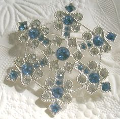 Liz Claiborne Christmas Snowflake Pin Brooch Blue and Clear Rhinestones | Jewelry & Watches, Fashion Jewelry, Pins & Brooches | eBay!