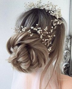 50 Updo Hairstyles for Special Occasion from Instagram Hair Gurus | Deer Pearl Flowers / http://www.deerpearlflowers.com/updo-hairstyles-for-special-occasion/