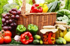 5 am Tag Organic Vegetables, Fruits And Vegetables, 5 Am Tag, Best Masticating Juicer, Cold Press Juicer, Benefits Of Organic Food, Health Benefits, Health Tips, Best Blenders