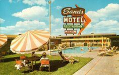Postcard for mid-century modern Sands Motel Mid Century Modern Art, Mid Century Style, Mid Century Design, Las Vegas, Vintage Hotels, Vintage Travel, Vintage Postcards, Vintage Signs, Modern Pools