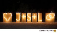 Lichterbild Brennende Buchstaben, brennende Symbole, brennendes Herz und brennende Ringe #Lichterbilder #Feuerwerk #Hochzeit