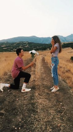 Cute And Romantic Relationship Goals For Teenagers You Dream To Have - YoGoodLife Photos Bff, Cute Couples Photos, Cute Couple Pictures, Cute Couples Goals, Couple Photos, Couple Ideas, Pictures Images, Couple Goals Relationships, Relationship Goals Pictures