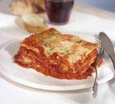 Lasagna Della Mia Mamina (Marina Orsini's Family Lasagna) Recipes Chef Recipes, Kitchen Recipes, Italian Recipes, Cooking Recipes, Lasagna Recipes, Pasta Recipes, Marina Orsini, Ricardo Recipe, Pasta Al Dente