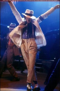 Photo of Smooth Criminal for fans of Michael Jackson 7879115 Janet Jackson, The Jackson Five, Jackson Family, Michael Jackson Fotos, Michael Jackson Wallpaper, Michael Jackson Bad Era, Michael Jackson Smooth Criminal, Invincible Michael Jackson, Stephanie Mills