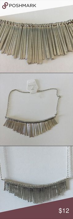 "🆕Fashion Silver Striped Necklace Fashion silver striped necklace. Approximately 21"" length. Jewelry Necklaces"