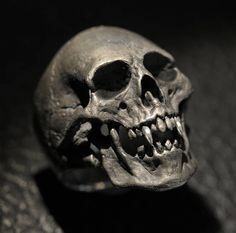 The Dracula / Vampire Ring in solid sterling silver Custom hand made to order and totally unique - no two are exactly alike. This large skull ring looks like a found artifact from an archaeological dig -VERY COOL! Silver Skull Ring, Gold Skull, Skull Art, Silver Man, Skull Rings, Silver Rings, Gothic Wedding Rings, Gothic Engagement Ring, Dracula