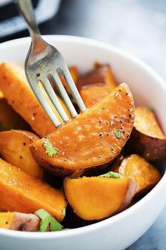 Candied Maple Sweet Potatoes | Creme de la Crumb