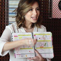 O Planner dela é incrível!!! Espontânea, encantadora e original...@blogvanduarte  Compre online - www.paperview.com.br • Receba em casa... #planejadoradesucesso #dailyplanner #meudailyplanner #vanduarte #itgirl #stationerygeek