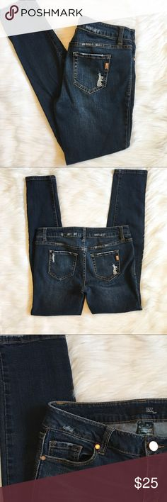 1822 Denim Skinny Jeans 1822 Denim Skinny Jeans  Style: Nikki   Machine wash: was cold / tumble dry low  Condition: no rips no stains   ❌no holds ❌no trades (C) 1822 Denim Jeans Skinny