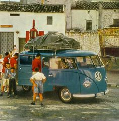 The infamous blue VW vans! Vw Vans, Historical Photos, Blue, Historical Pictures, History Photos