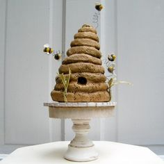 cute behive, but love the cake stand