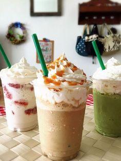 おうちで簡単スターバックスコーヒーの人気メニュー「キャラメルフラペチーノ」が作れます!!! ポイントは一つだけ!!! Sweets Recipes, Fun Desserts, Cake Recipes, Cooking Recipes, Yummy Drinks, Yummy Food, Parfait Recipes, B Food, Ice Cream Recipes